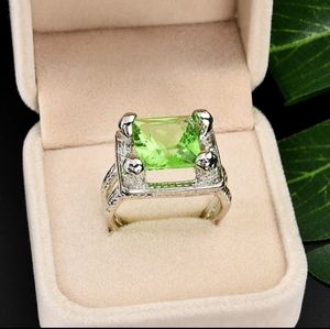 Jewelry - 🎀Gorgeous Natural Green Crystal Gemstone Ring